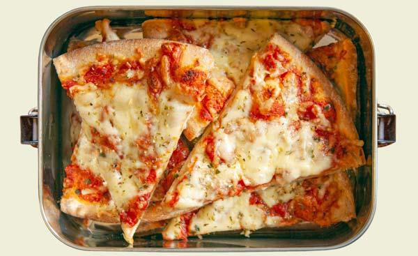 Edelstahl Lunchbox mit Pizza