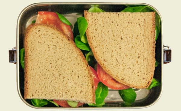 Edelstahl Lunchbox mit vier Broten